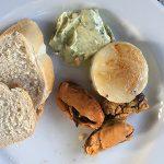 BBQ zeevruchten met stokbrood en kruidenboter